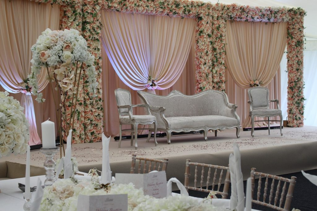 Asian wedding decorations and themes
