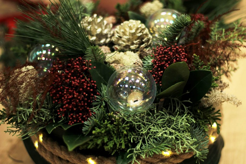 rustice-wedding-centrepieces-for-Christmas