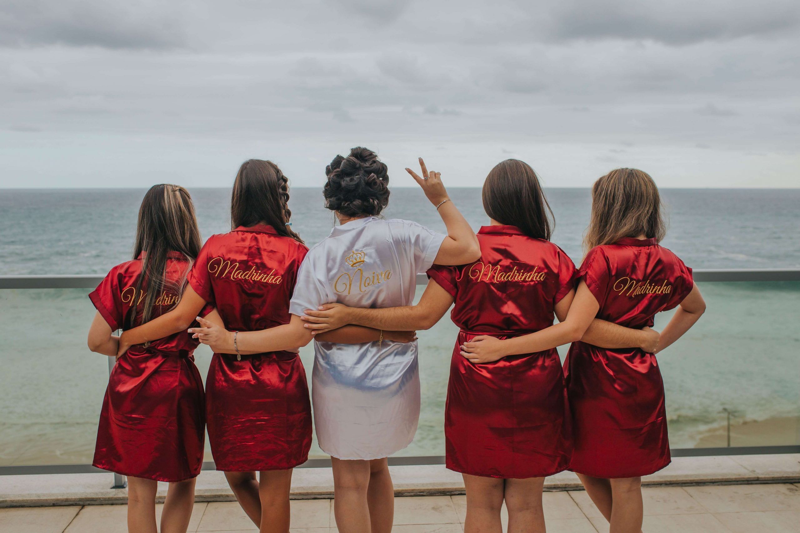 unique hen party ideas and themes