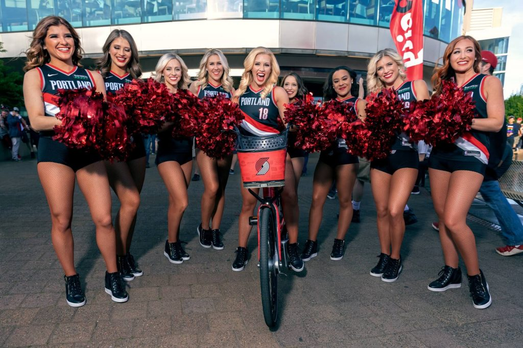 unique-hen-party-themes-and-ideas-cheerleaders
