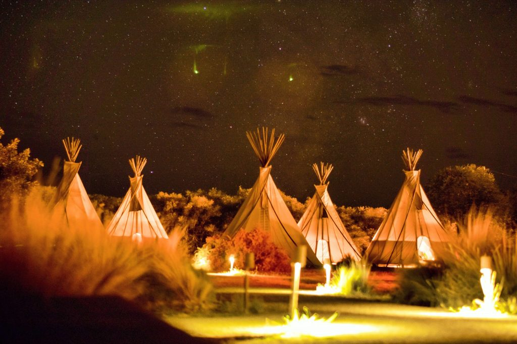 unique hen party ideas and themes glamping