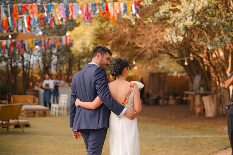 Outdoor wedding decorations on a budget